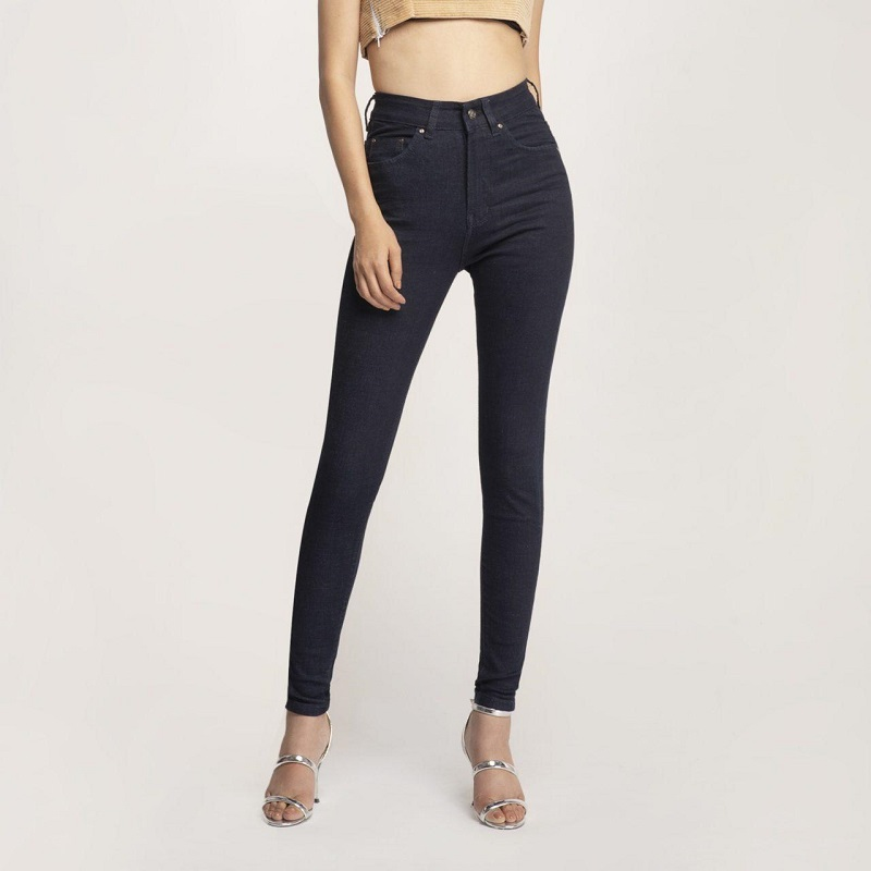 8 mẫu quần jean nữ đẹp hiện nay