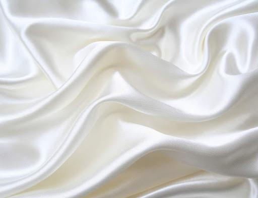 đặc điểm vải lụa là gì